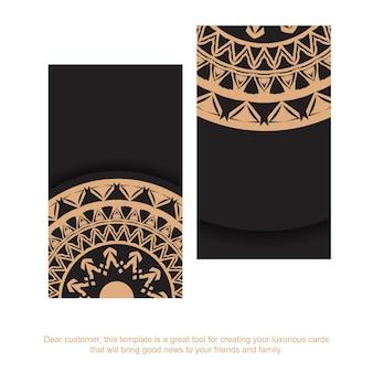 Zwart visitekaartje met bruin mandala-ornament