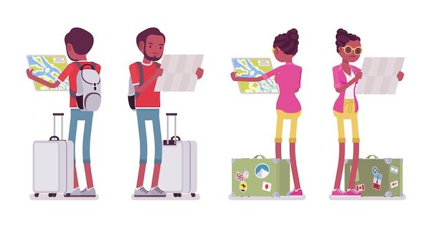 Zwarte mannelijke en vrouwelijke toeristenkaartlezing