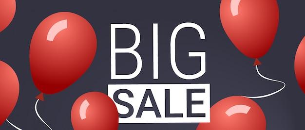 Zwarte vrijdag speciale aanbieding grote verkoop poster rode lucht ballonnen over grijze vakantie korting plat