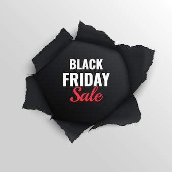 Zwarte vrijdag verkoop realistische compositie op grijs met gescheurd papier