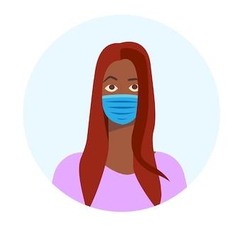 Zwarte vrouw in gezichtsmasker medisch masker gasmasker coronavirus en pandemische veiligheid