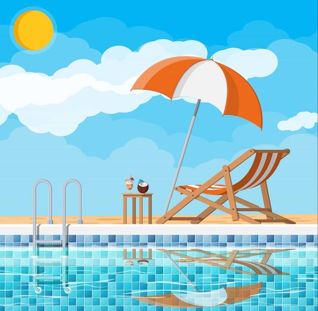 Zwembad en ligbed